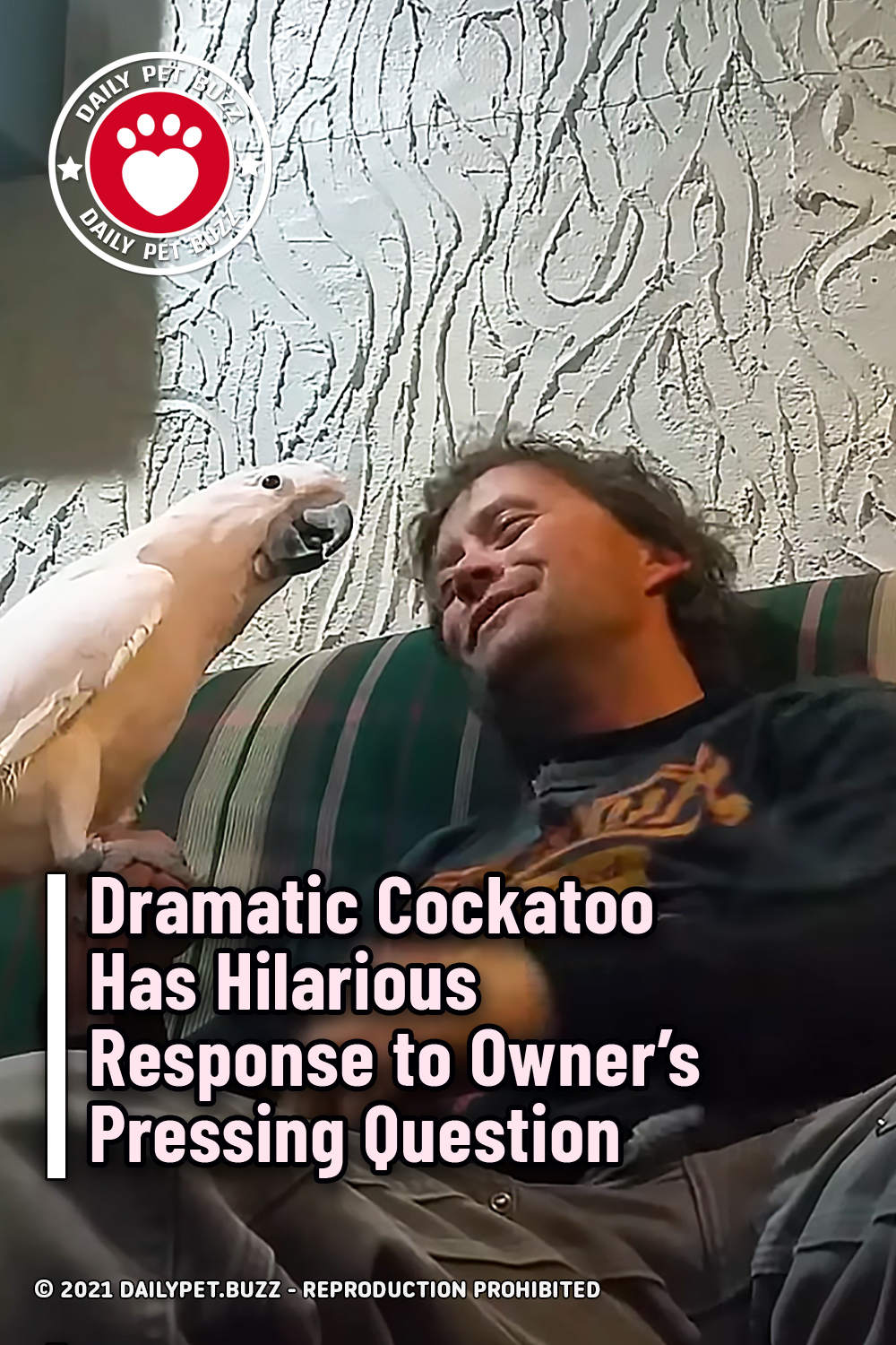 Dramatic Cockatoo Has Hilarious Response to Owner's Pressing Question